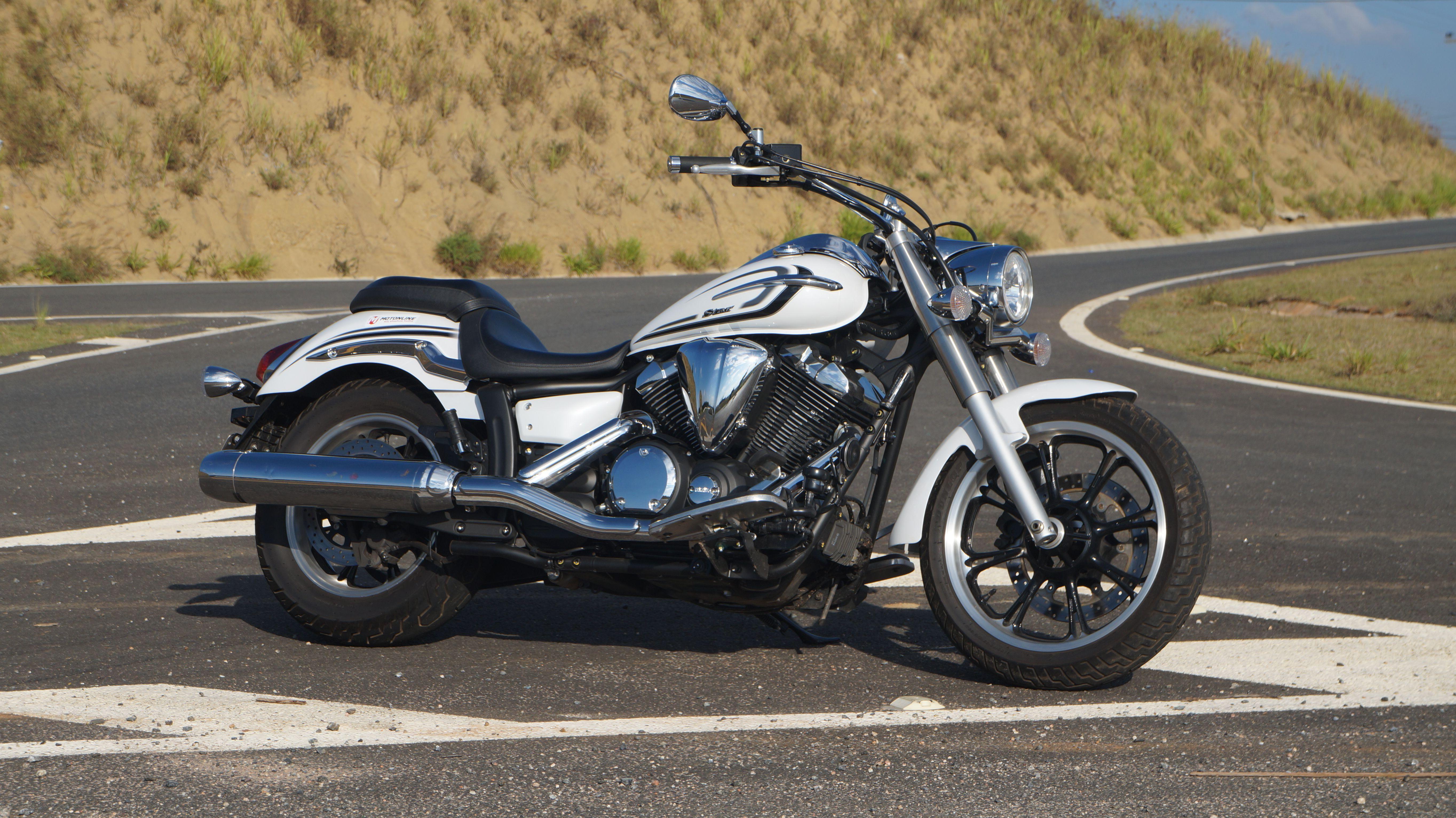 Yamaha XVS950A Midnight Star - Desde 2009 está entre nós