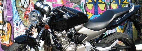 A Honda CB 600F Hornet reúne d