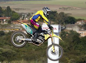 Foto: Maurício Arruda/VIPCOMM - Nielsen Bueno, piloto da categoria MX3