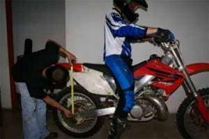 Ajuste de suspensão em qualquer tipo de moto, fora competição