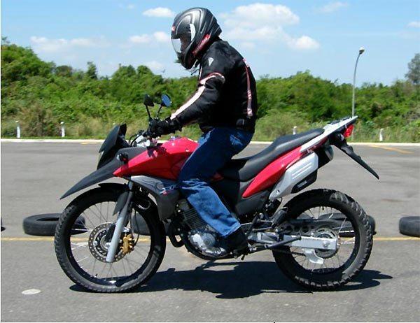 As novas Honda 300, com ABS