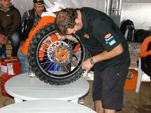 Foto: Verifique os pneus - Bitenca