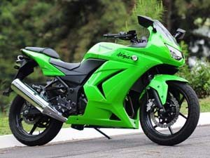 Foto: Kawasaki Ninja 250 - Claudinei Cordiolli