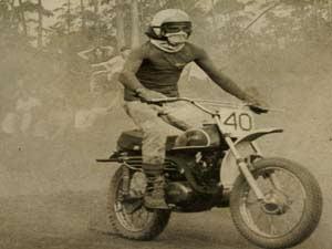 Numa Yamaha AT1 125 cc iniciou no motocross brasileiro