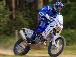 Foto: Idário Café- Mundo Press / Zé Hélio, agora com BMW, é um dos favoritos nas motos
