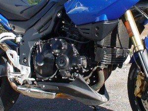 Foto: Motor Tri cilindrico Triumph - Bitenca