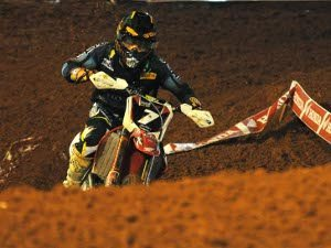 Foto: Luiz Pires/VIPCOMM - Swian Zanoni, piloto da Equipe Oficial Honda na categoria Pró do Arena Cross