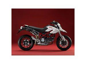 Ducati reforça parceria com Pirelli