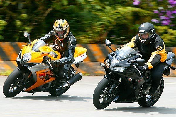 Duelo de superbikes