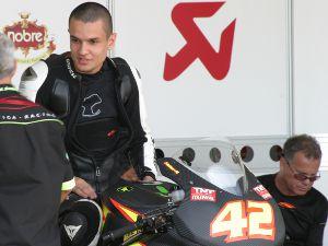 Foto: O piloto foi um dos destaques da temporada 2010 do SuperBike Series Leo Boi/ Y.Sports      A experiência da Spiga Racing motiva o piloto a ir mais longe em 2011