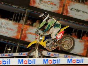 Foto: Roberto Castro foi o grande vencedor do Desafio Edgel de Supercross