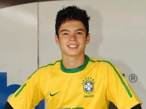 Foto: Eric Granado partirá em 2011 para o sexto ano no exterior