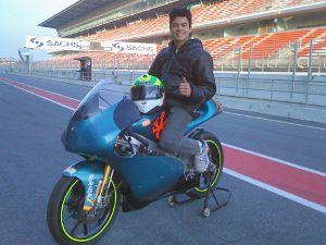 Eric Granado testa pela primeira vez Aprilia em Barcelona