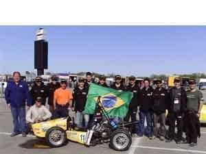 Foto: Em 2009, pela primeira vez, uma equipe brasileira ficou entre as 10 primeiras colocadas, sendo que a conquista foi obtida pela FEI