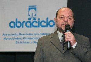 Foto: Mario Bock - Moacyr Paes, diretor da Abraciclo