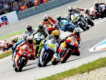 FIM anuncia lista de inscritos provisória de MotoGP para 2010