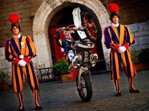 Gladiadores do Motocross Freestyle Decidem Título Mundial em Roma