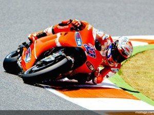 Foto: MotoGP.com - Casey Stoner no GP da Catalunya com sua Ducati