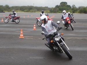 Honda e concessionárias treinaram mais de 66 mil motociclistas em 2010
