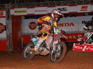 Foto: Itu recebe pilotos e disputas da sétima etapa do Arena Cross 2009