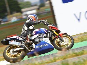 Foto: Othon Russo, piloto da categoria 600 Hornet (Honda) no Racing Festival