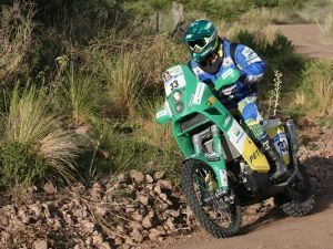 Moto e carro da Equipe Petrobras Lubrax  sobem quatro posições no Rally Dakar 2011