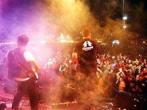 Foto: A Faixa Etária, que agitou uma multidão em Cabo Frio (foto), estará em Sumidouro (RJ) dia 7