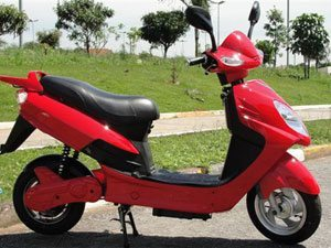 Motor Z apresenta linha de scooters elétricas 2010