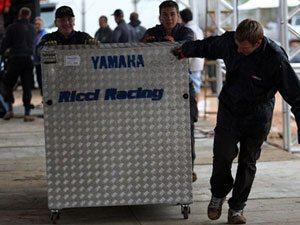 Motos e equipamentos estão em Canelinha. Mas box só abre amanhã