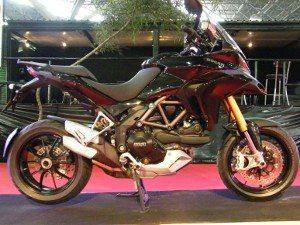 Foto: Ducati Multistrada sistema de válvulas Desmodrômico.