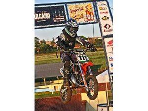 Pedro Boechat dispara na liderança do Campeonato Goiano de Motocross