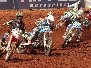 Pilotos na expectativa para a final do Riffel Motocross
