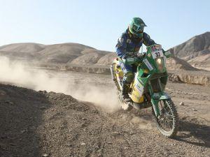 Rally Dakar 2011: Jean Azevedo sobe uma posição e mantém liderança na categoria