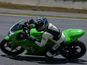 Foto: A nova categoria - 250cc Ninja - chamou a atenção do público presente