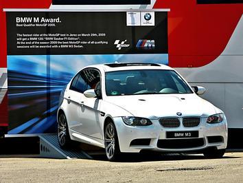 Rossi de olhos no M3 Sedan do Prémio BMW M