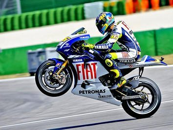 Rossi regressa às vitórias em Misano