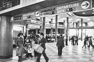 Em 1977, esta era a área de embarque do Aeroporto de Congonhas