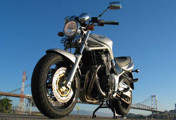 Uma moto como era antigamente!