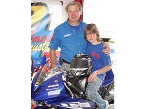Foto: Fausto Granton lidera o argentino de motovelocidade e veio com o pai para a prova