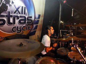 Foto: Escolhido como melhor baterista do Grande Rio no festival que reuniu 22 bandas, Fabrício Araújo estará pela sexta vez no Ostrascycle
