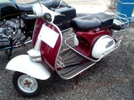 Foto: 1962 VESPA M4  Passarani