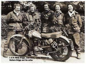 Foto: SSDT 1952 women team - The Vintagent