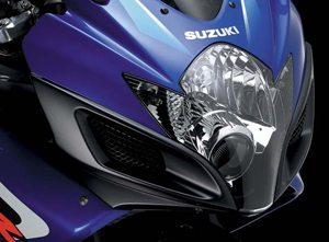 Foto: As entradas de ar da Suzuki 750