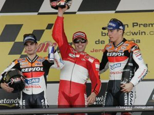 Abertura emocionante do Mundial de MotoGP com domínio da Ducati