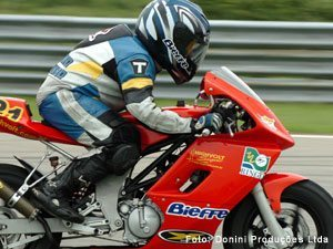 Antonio Casalinho conquista a 12ª  posição num grid de 88 pilotos.