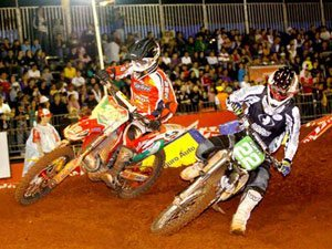 Foto: Kurt Rocha, piloto da equipe MX Parts/Rede Forma Total da categoria Pro, no Arena Cross