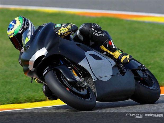 Barros preparado para a estréia com 800cc