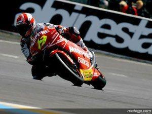 Bautista arrecada segunda pole de 2009 (GP 250)