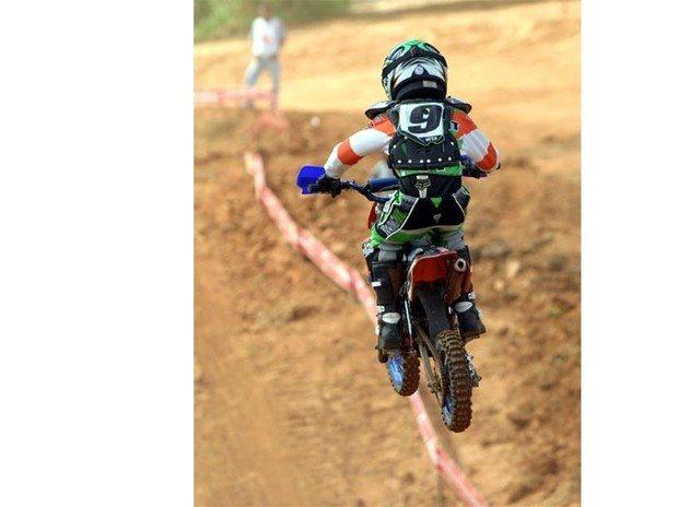 Beto Lawant vence 2º Motocross de Paraibuna (SP) na categoria 50cc e faz sua estréia na 65cc