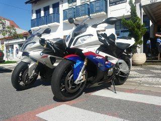 As BMW S1000 RR utilizadas no passeio: vontade de acelerar mais